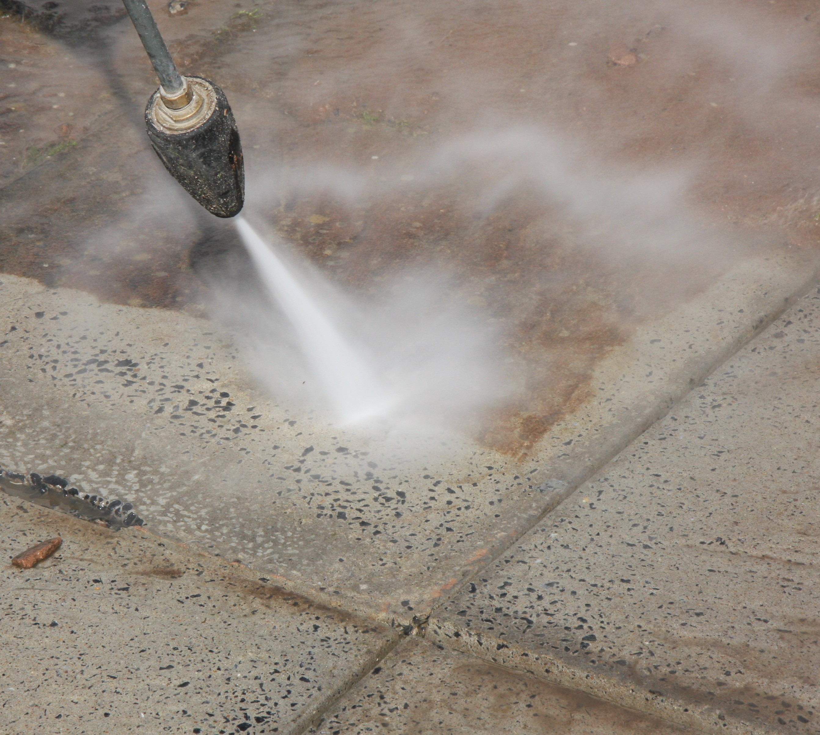 Pressure washing rcleanwales window cleaners for Pressure wash concrete patio